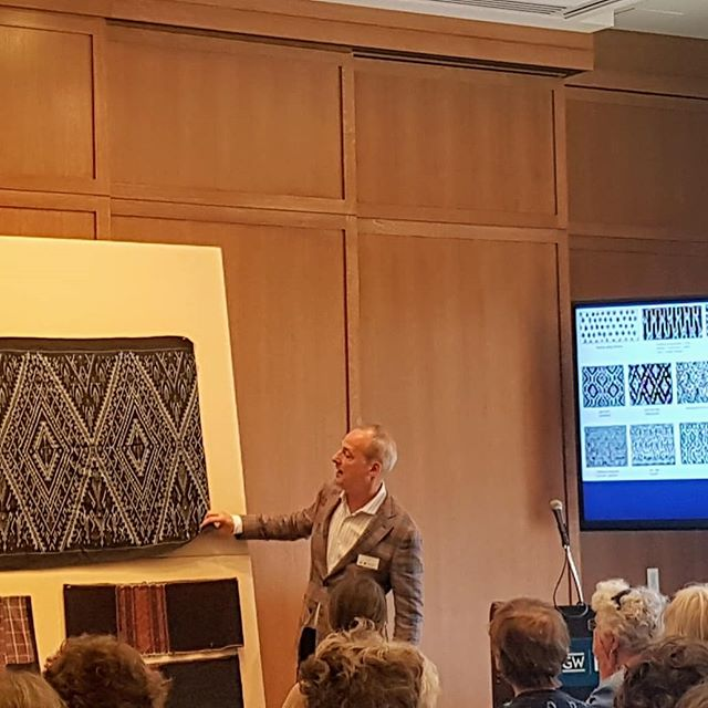 Annual WARP Conference Day 2 at @gwmuseum. Curator, Lee Talbot, discussing antique textiles from all over the world, brought in by members. Taking time to create beaded prayers to contribute to the Beaded Prayers Project by @sysclark . Thank you to WARP for their generosity in providing me with a scholarship to attend! @weavearealpeace_