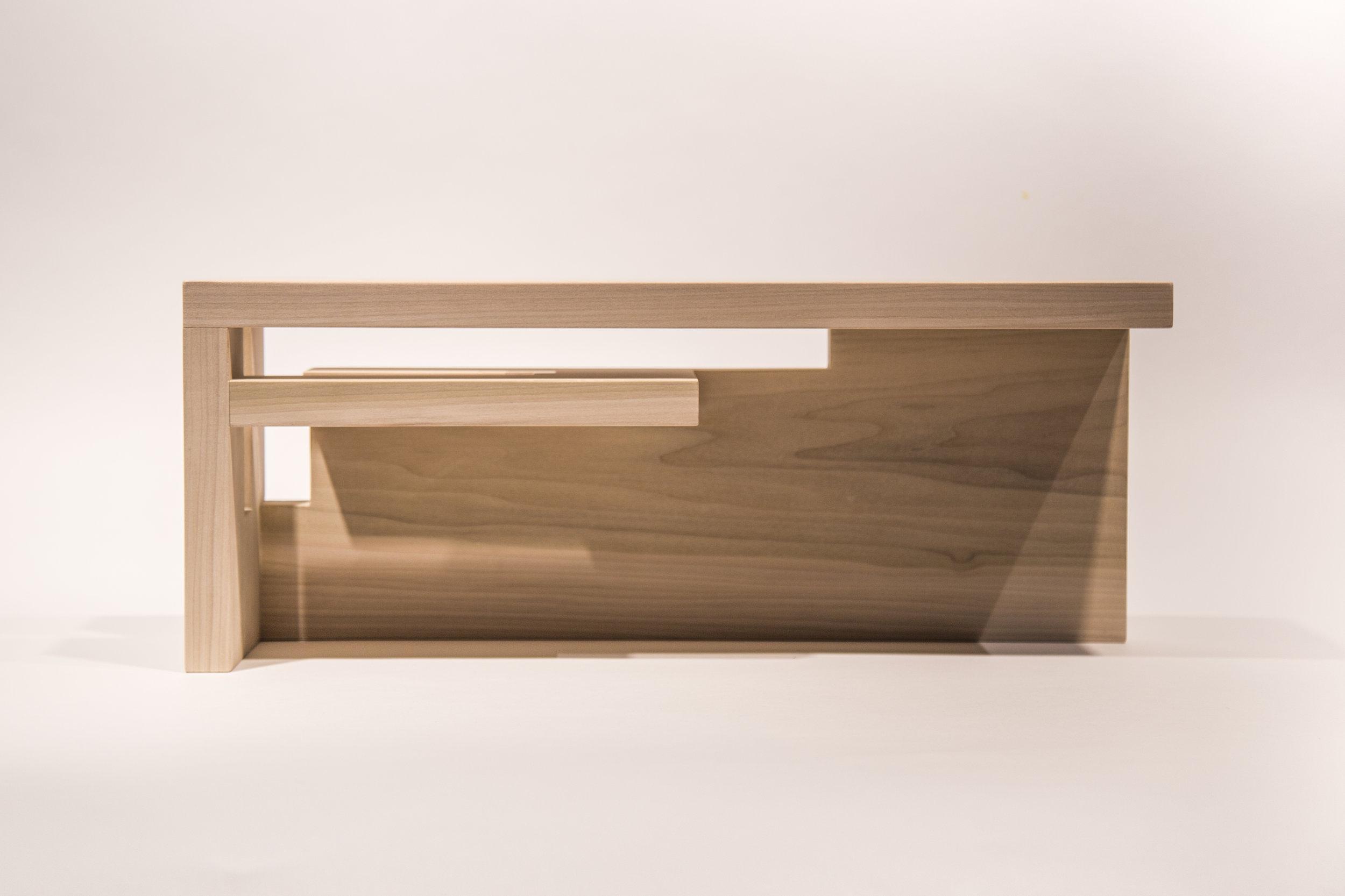 2_Tableshelf.jpg