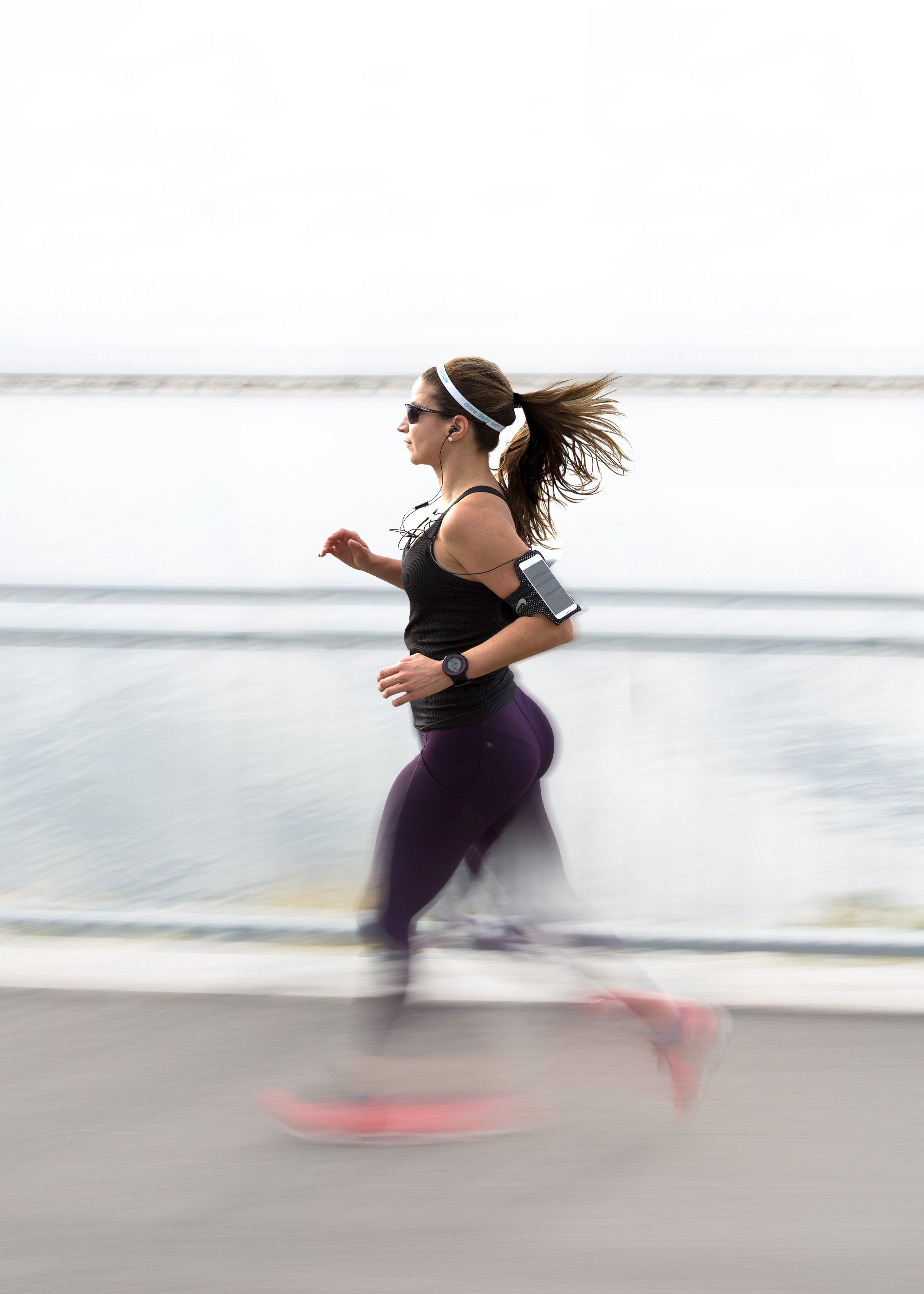 woman jogging on Venice Beach