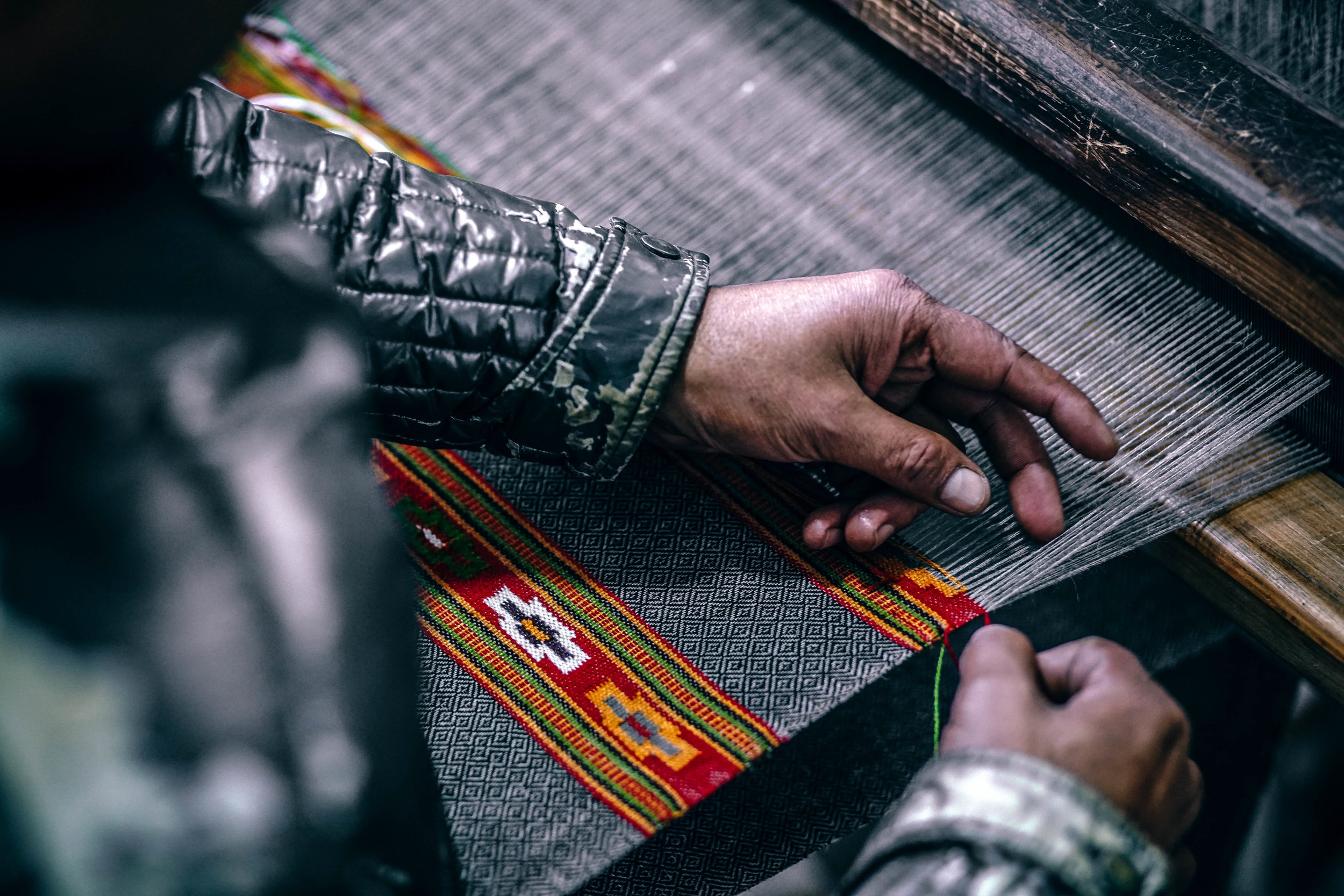 Manufacturing fabric for fashion design