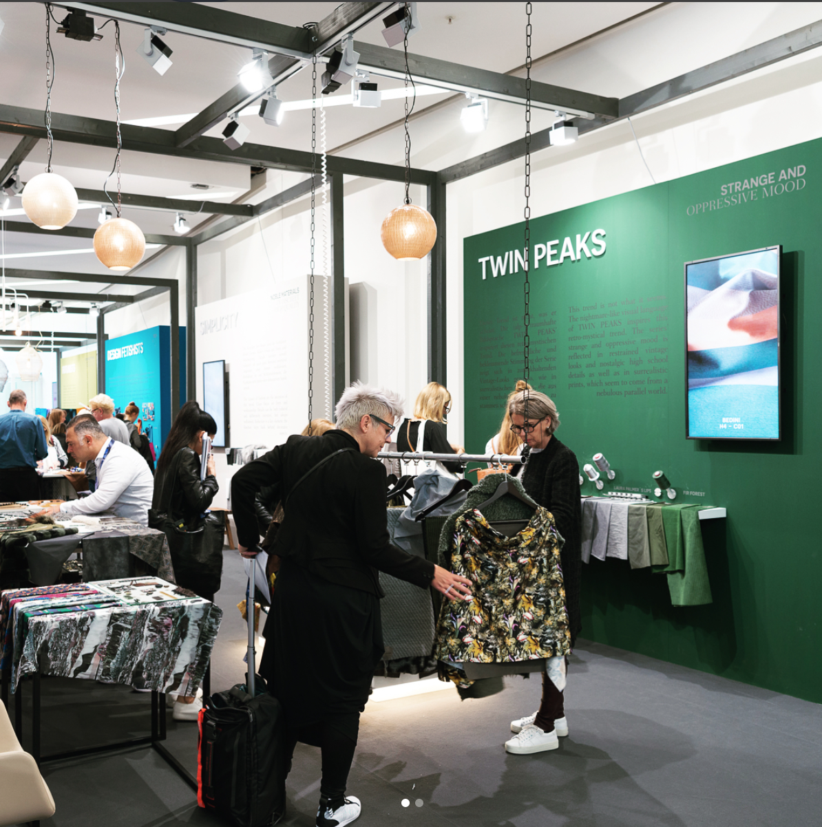 At the Fabric Start foyer, 10 key trends for the AW 18/19 season were presented. Unfortunately we weren't allowed to take our own photos, so this one is courtesy of Munich Fabric Start.