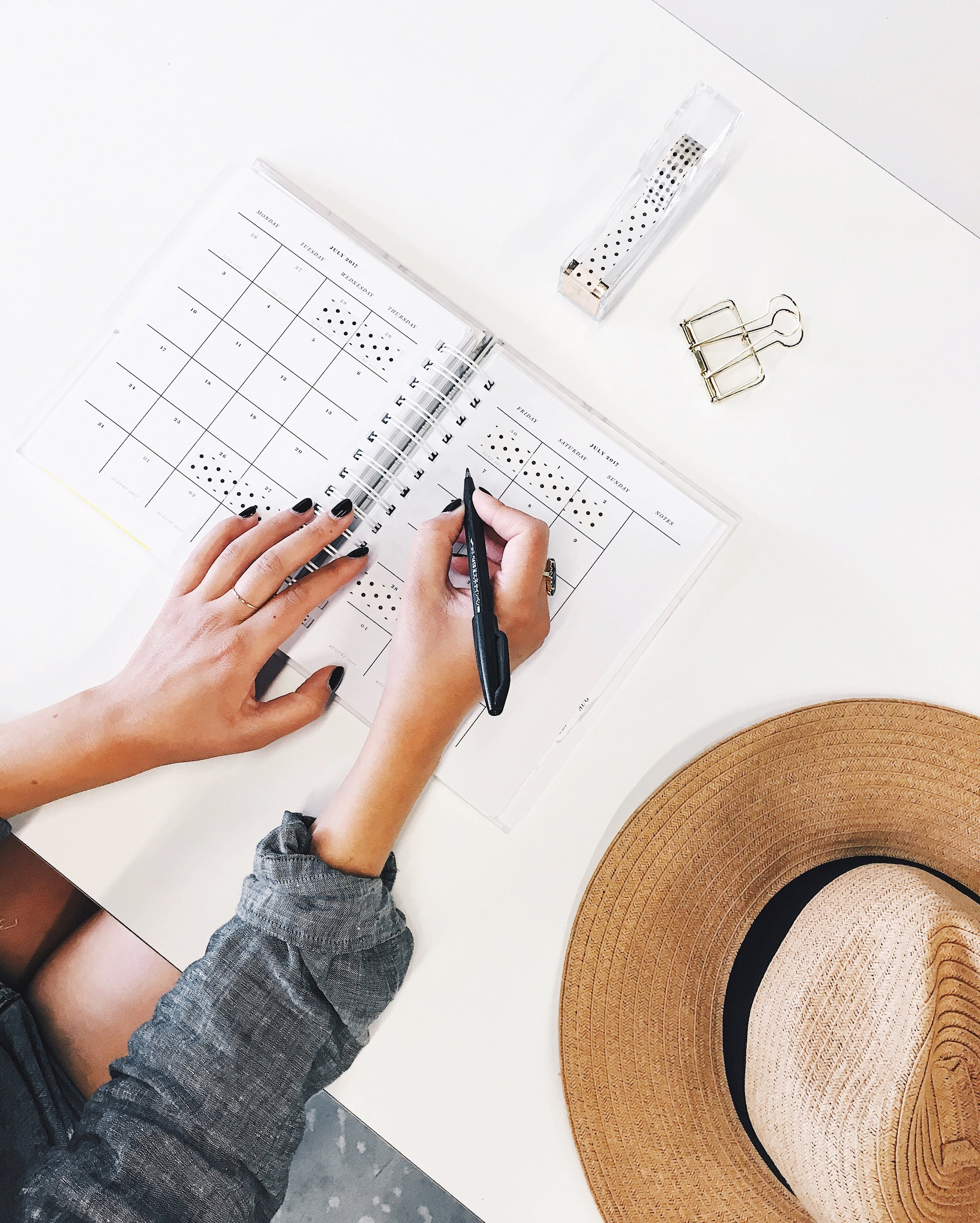 How to prepare to start a fashion business in 2018