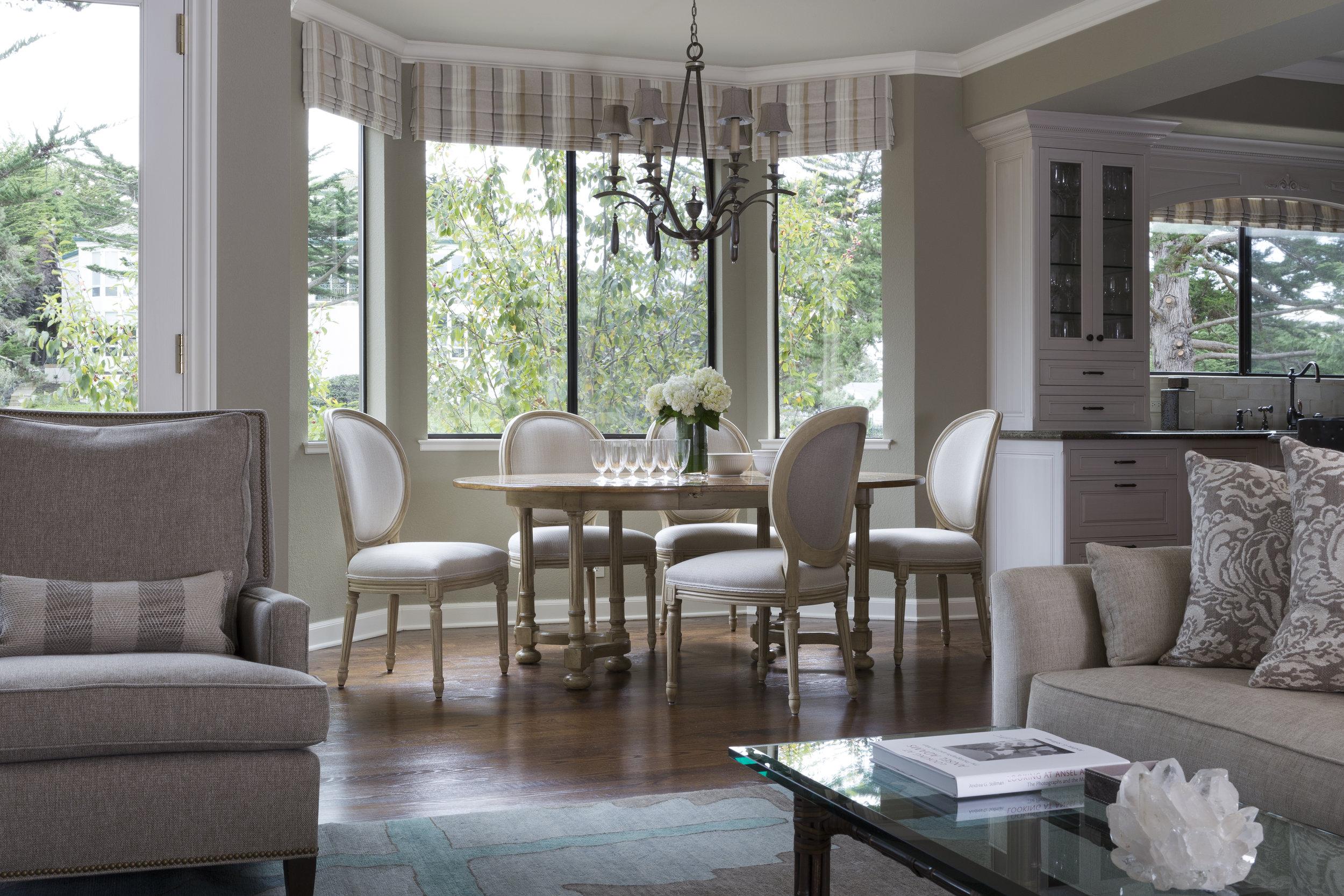 DESIGN415 | Half Moon Bay Family Room Interior Decorating