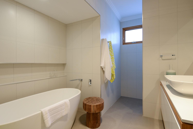 interiors-bathrooms-16.jpg