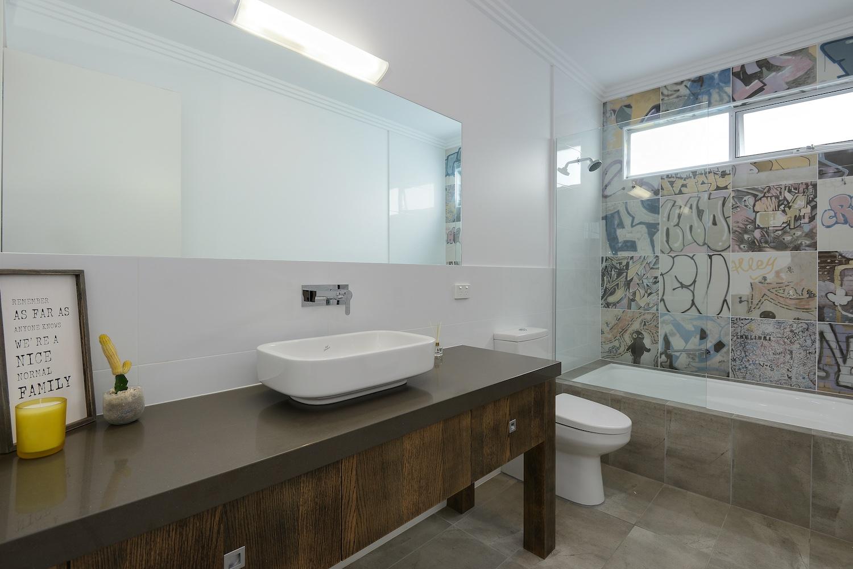 interiors-bathrooms-19.jpg