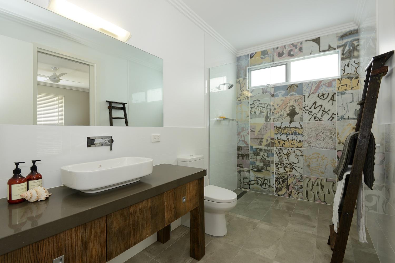 interiors-bathrooms-20.jpg