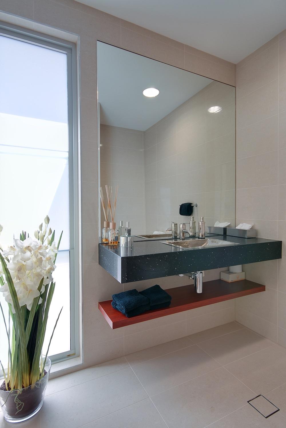 interiors-bathrooms-25.jpg