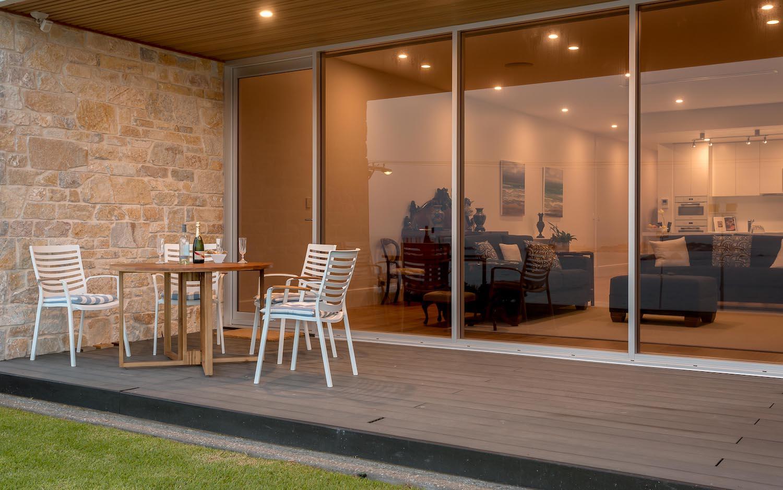 interiors-living-area-02.jpg
