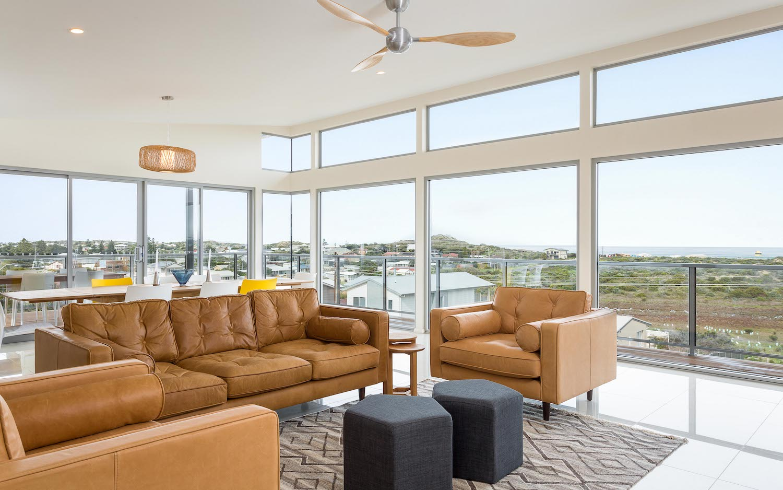 interiors-living-area-07.jpg