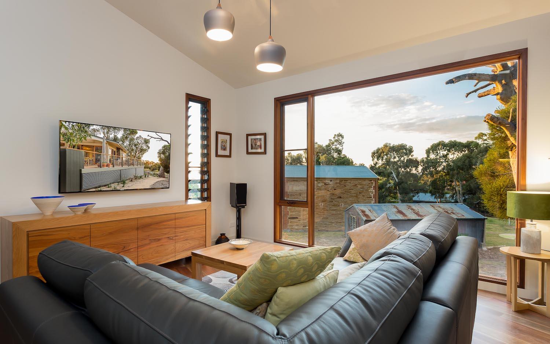 interiors-living-area-16.jpg