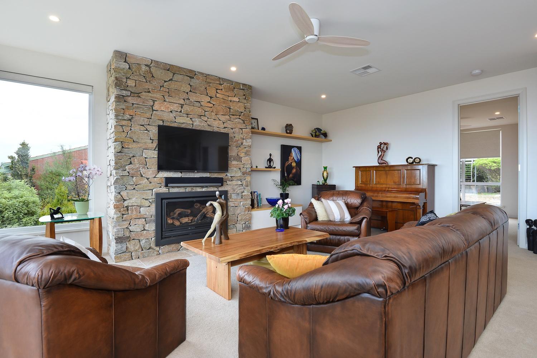 interiors-living-area-25.jpg