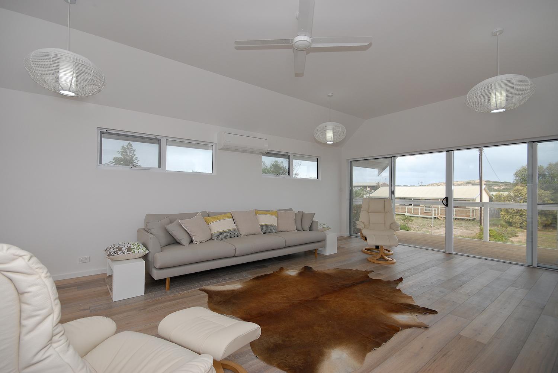 interiors-living-area-72.jpg