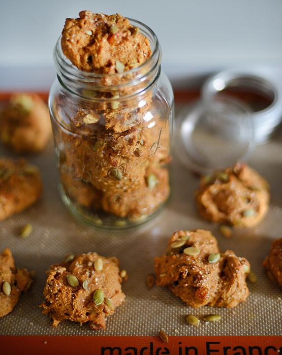 Spelt Pumpkin Spice Cookies - Global Dish - Stephanie Arsenault