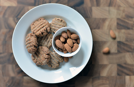 Almond Butter Cookies - Global Dish - Stephanie Arsenault
