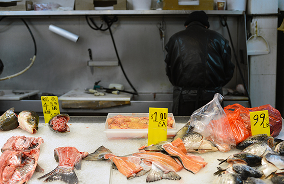Seafood selection in NYC's Chinatown - Global Dish - Stephanie Arsenault