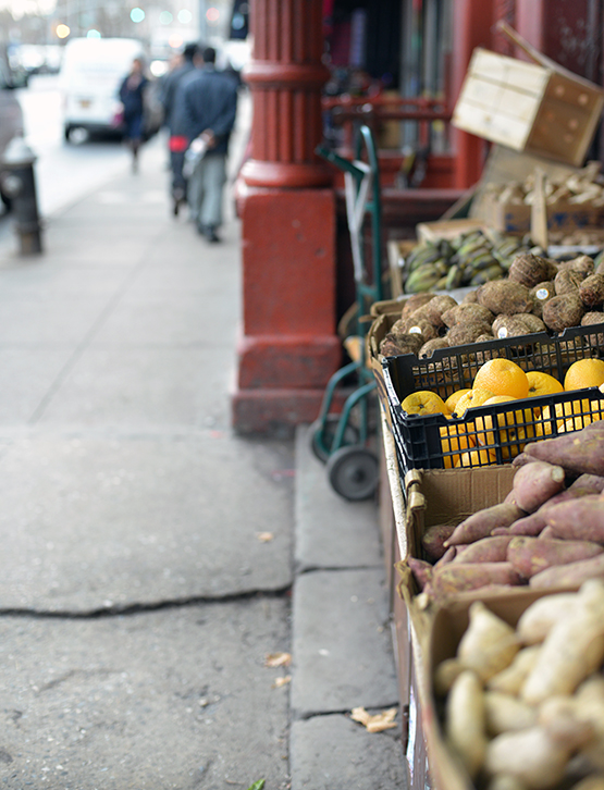 Produce stand in NYC's Chinatown - Global Dish - Stephanie Arsenault