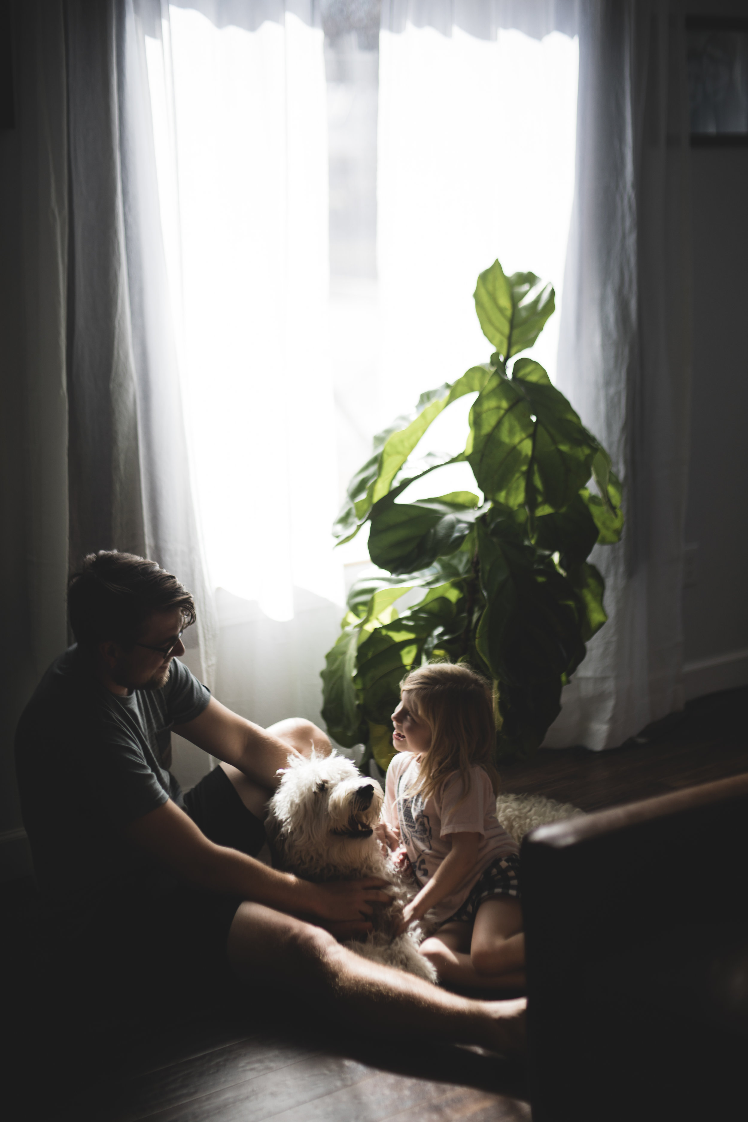 Simple, meaningful home session by Molly Thrasher