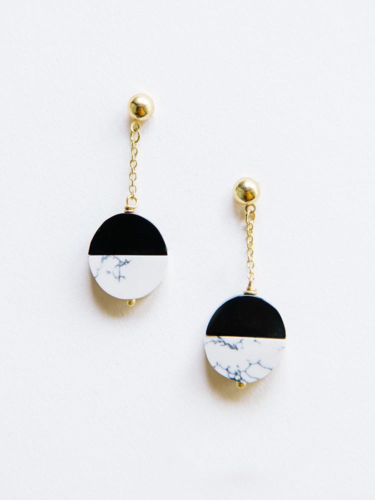 earrings_novastuds_black_1024x1024.jpg