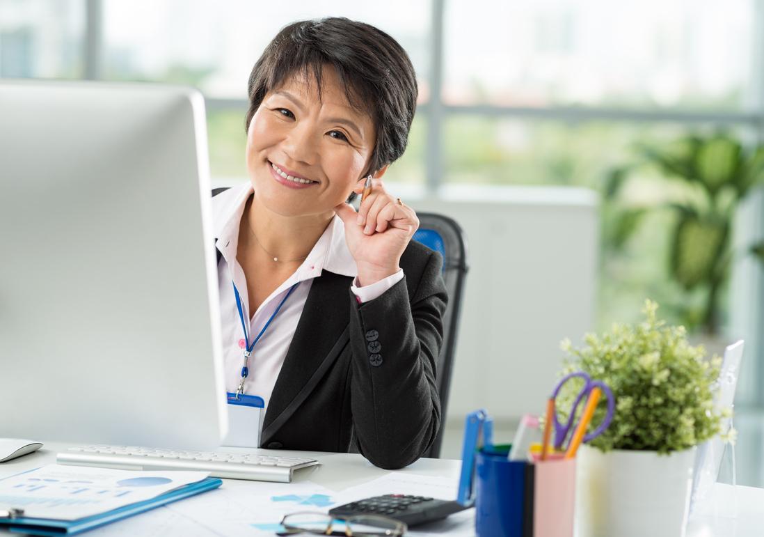 asian woman investor.jpg