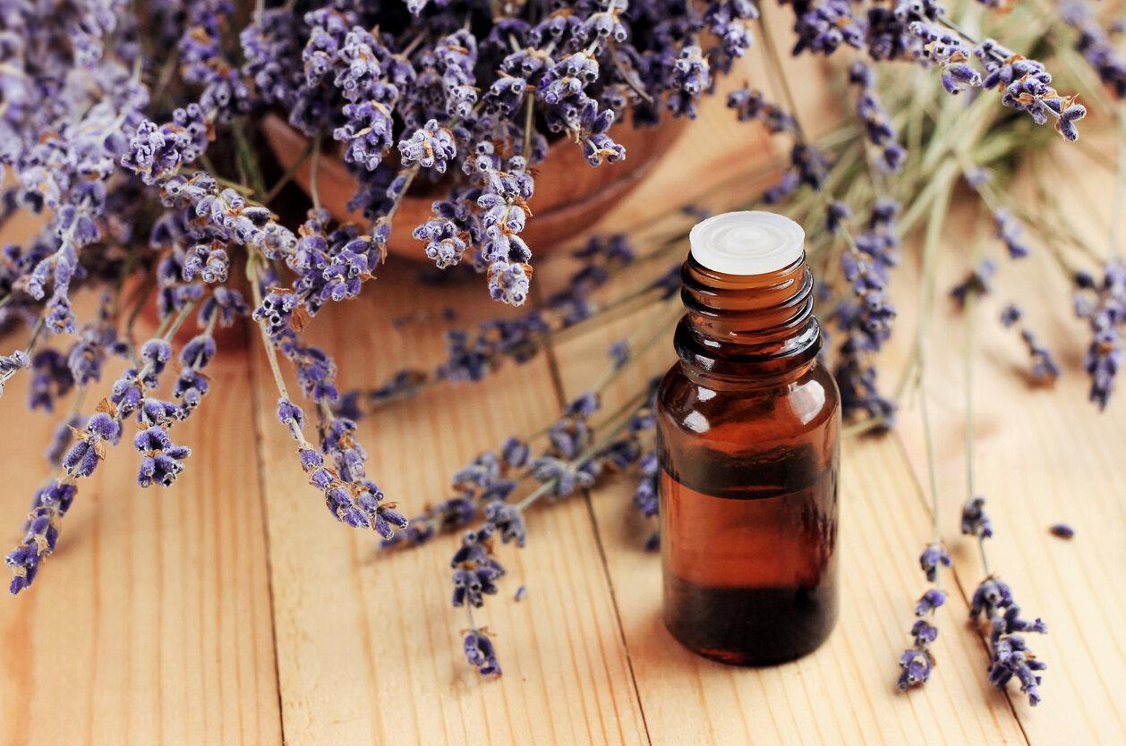lavender oil bottle