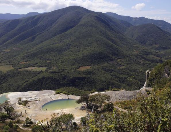 Hierve el Agua, Oaxaca. Photo by Christian Obermanns.