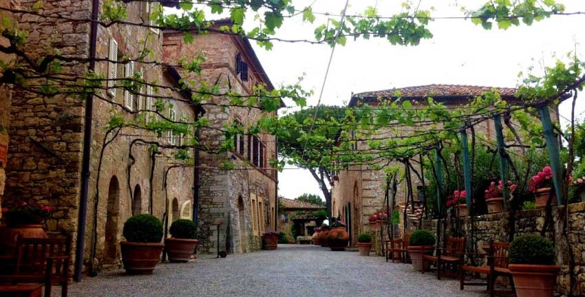 tuscany-borgo-san-felice-7.jpg
