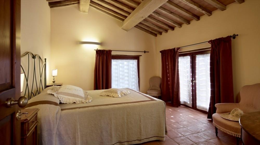 relais-borgo-petrognano_1000_560_1592_1379080375.jpg