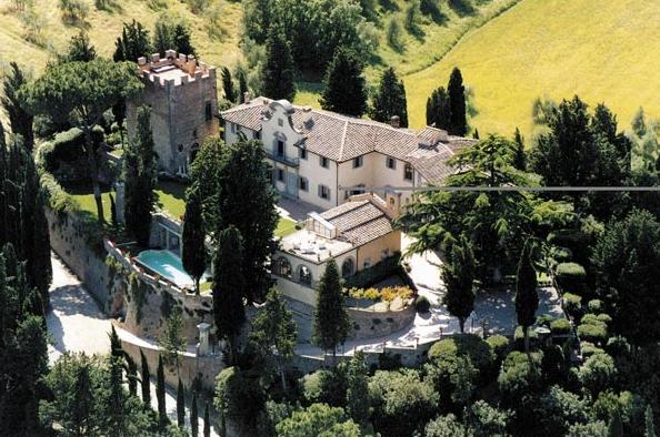Italy-Tuscany-Cabbiavoli-Castle-03.png