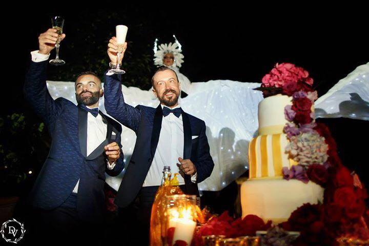 gay-wedding-in-Tuscany.jpg