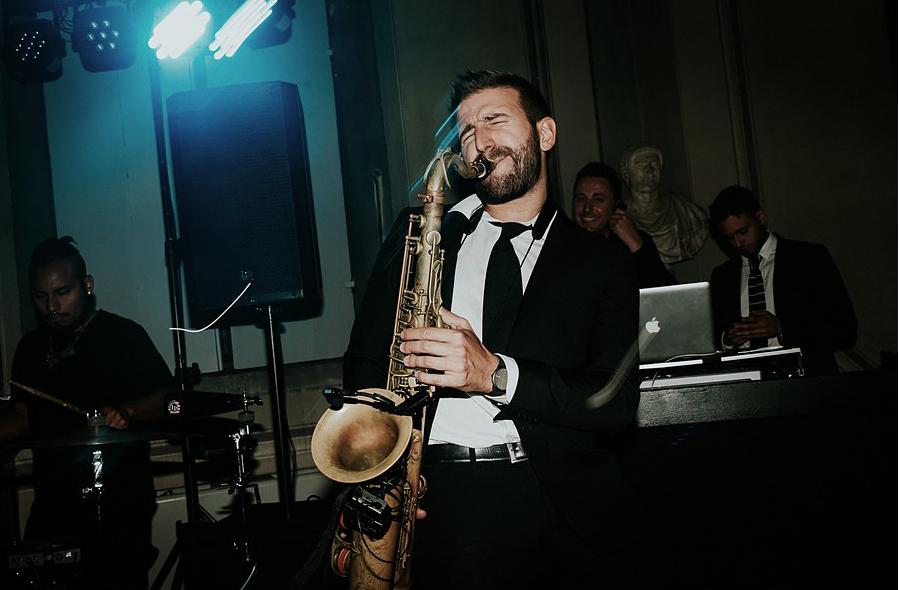 Wedding Entertainment in Tuscany