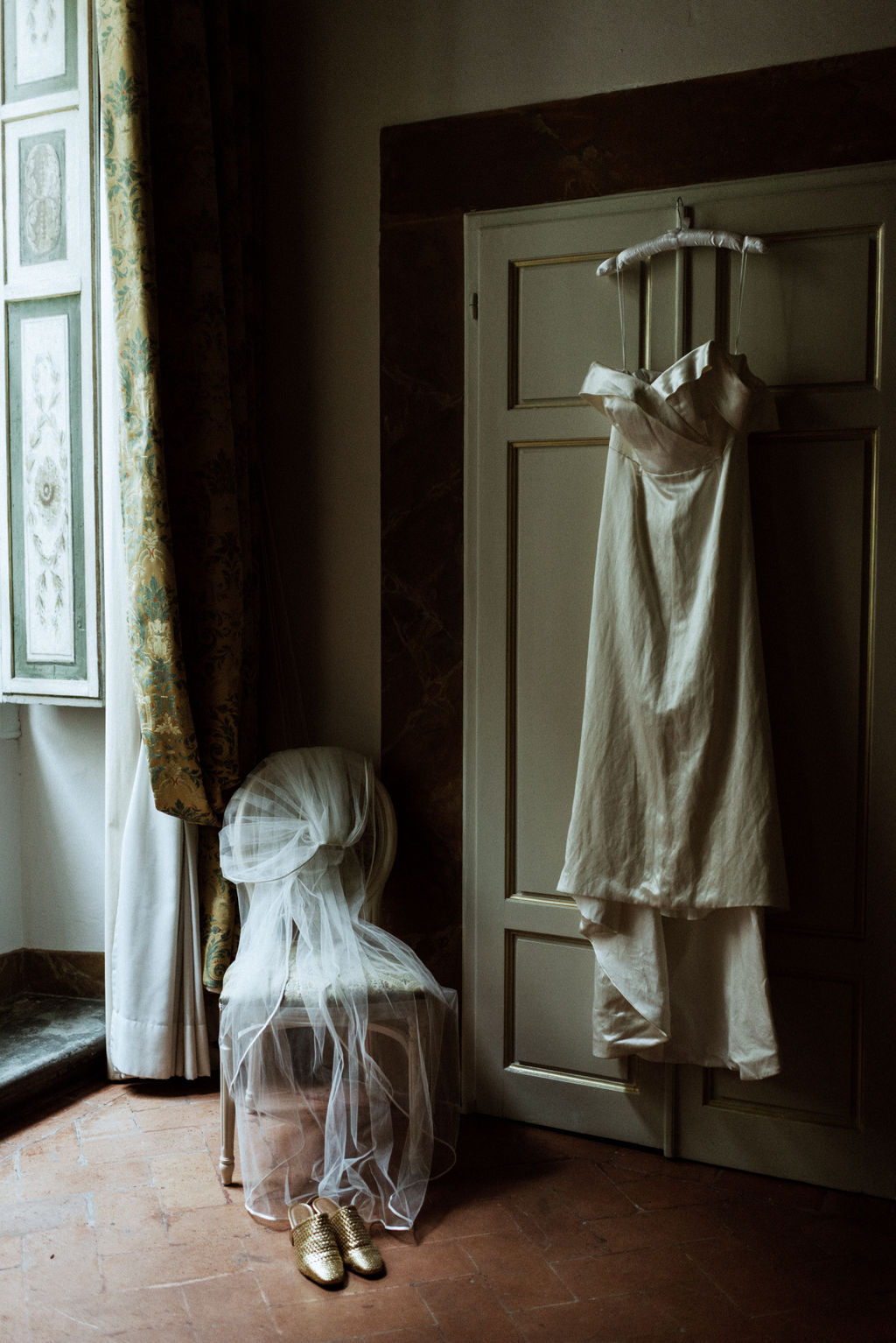 italian-wedding-dress.JPG