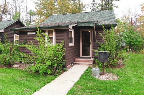 Au Sable Riverview Resort Cabin 3 Grayling 1.jpg