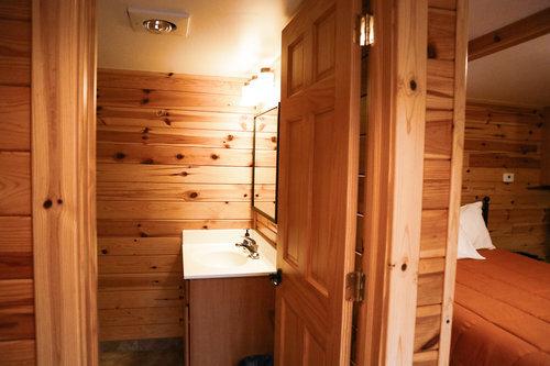 Au Sable Riverview Resort Log Vacation Cabin 6 bath Grayling 7.jpg