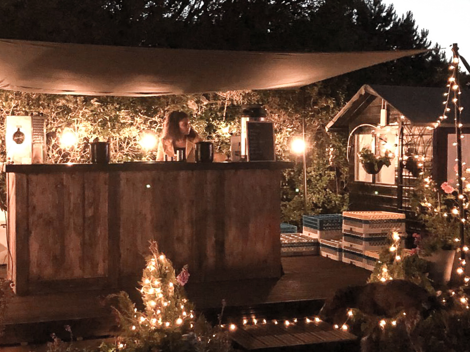 Rustic mobile bar for hire in Oxfordshire
