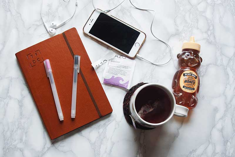 the-food-diary-co-diary-with-hibiscus-tea.jpg