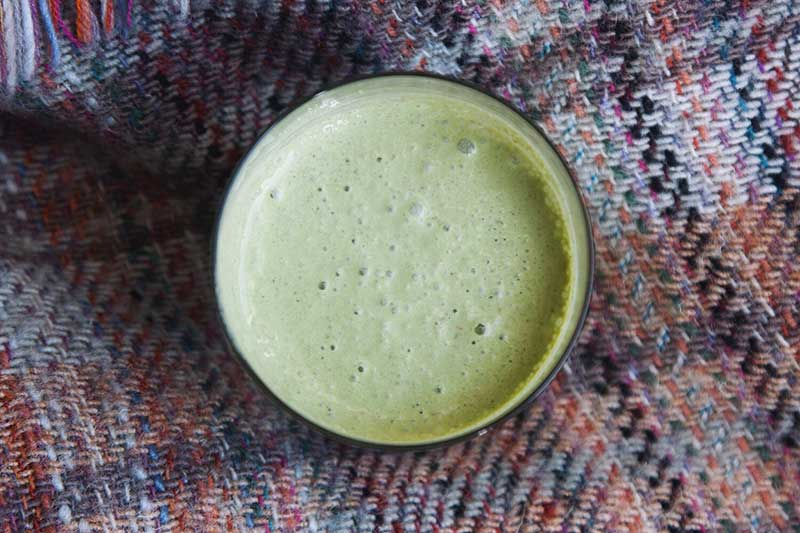 gut-healing-green-smoothie-on-a-blanket.jpg