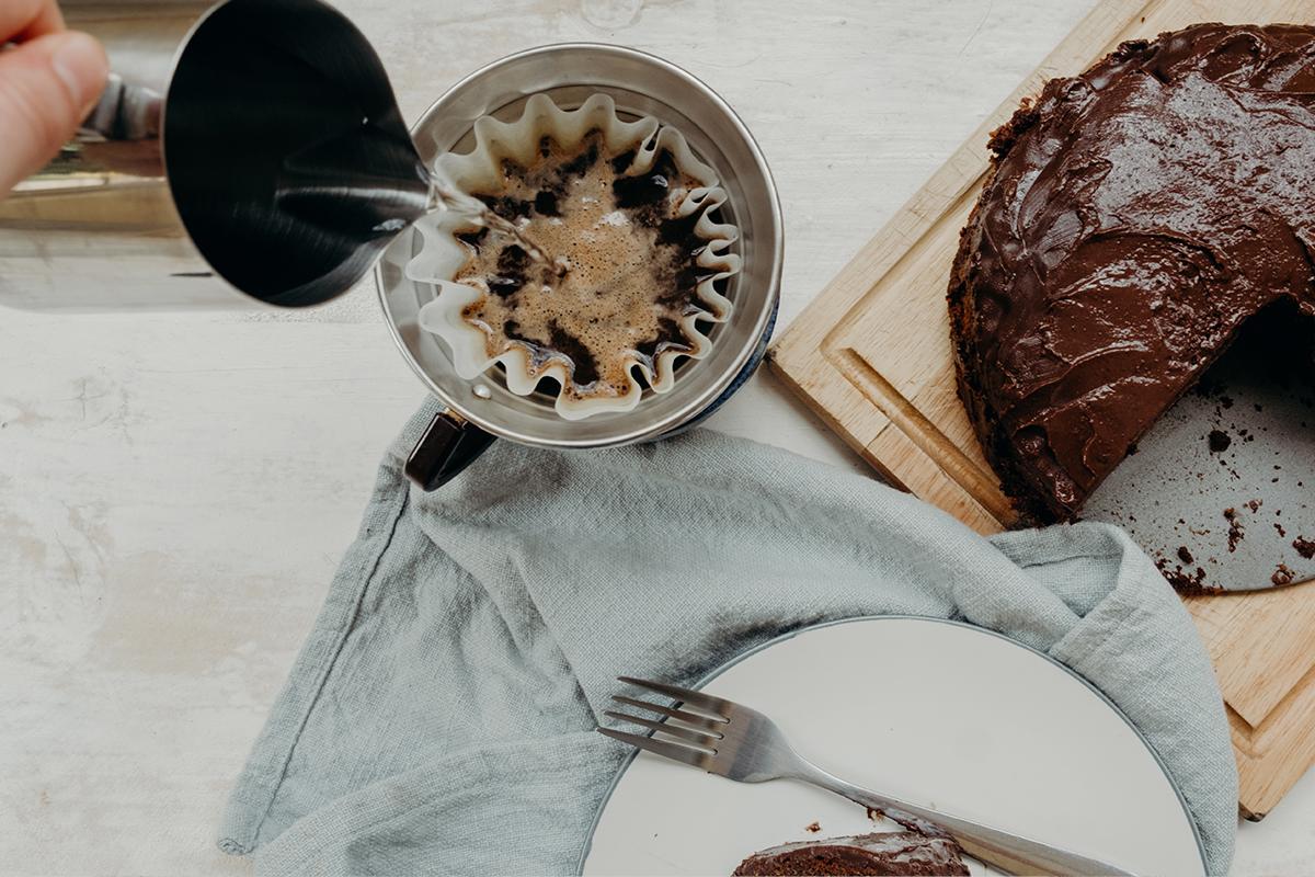 chocolate_cake_and_coffee2.jpg