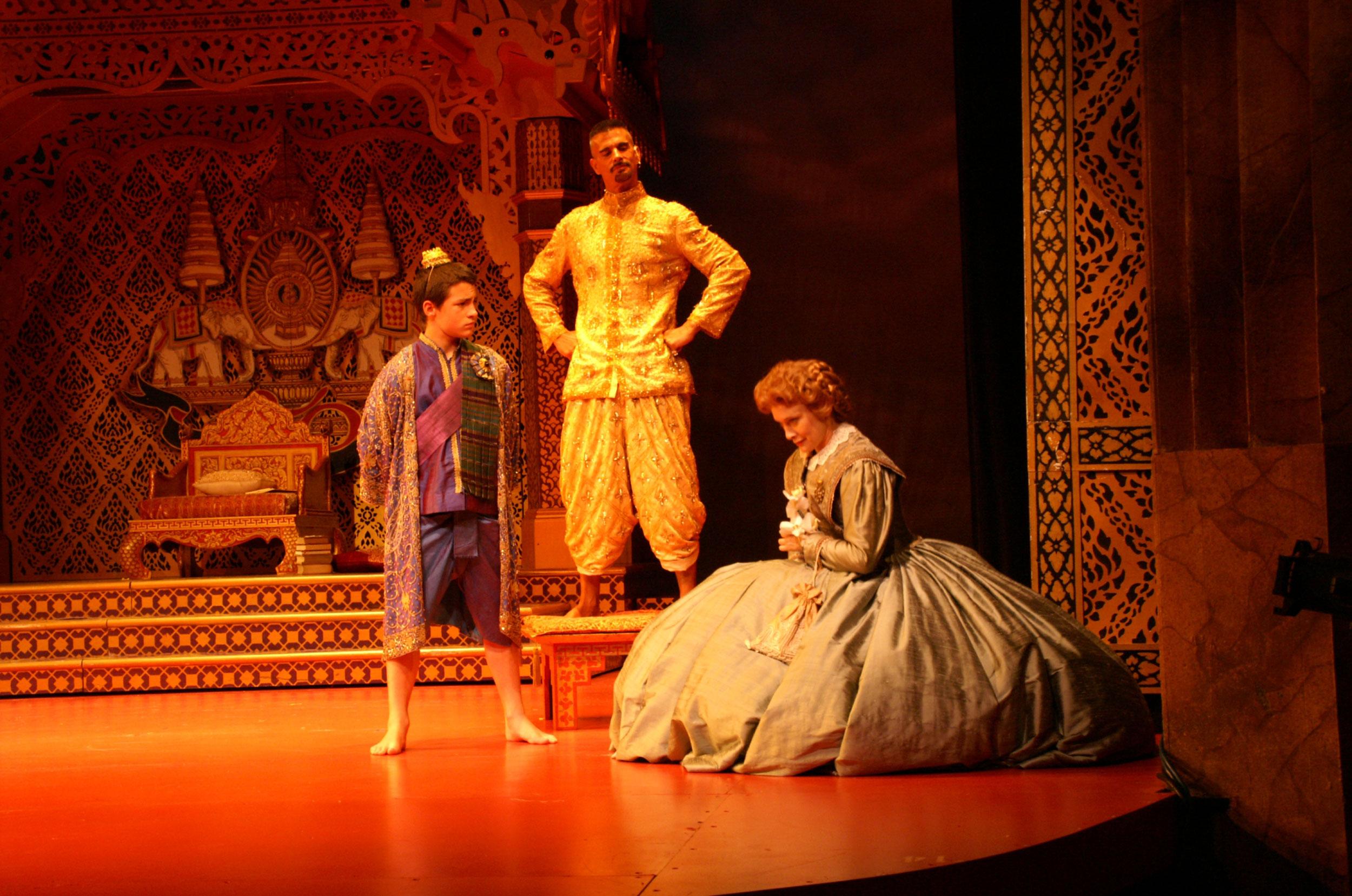 The-King-introduces-Anna-to-Prince-Chulalongkorn.jpg