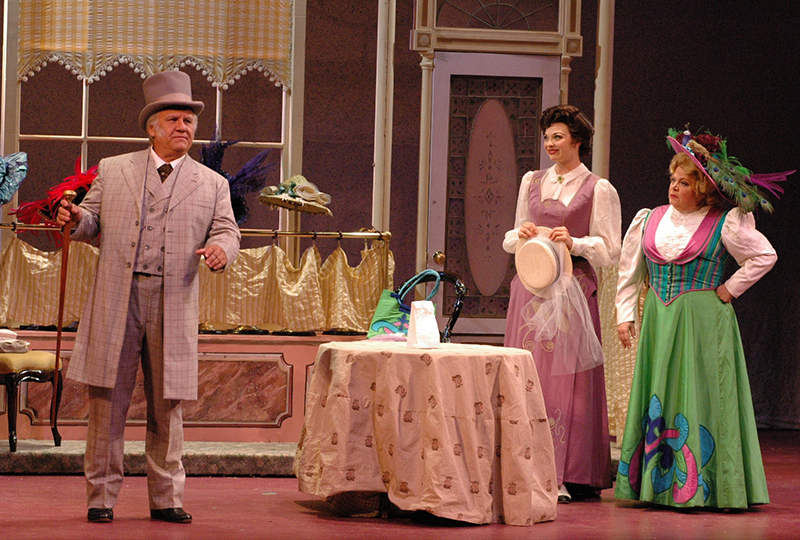 2006_Hello_Dolly_4.jpg