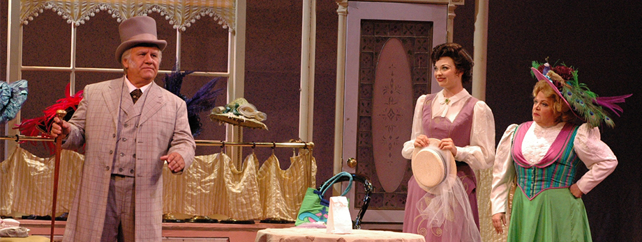 2006_Header_Hello-Dolly_04.jpg