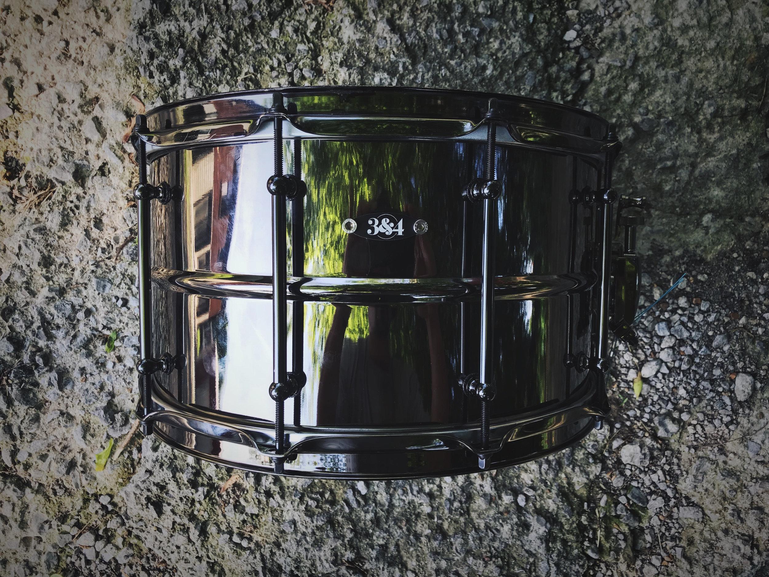 8x14blackbrasssnare.JPG