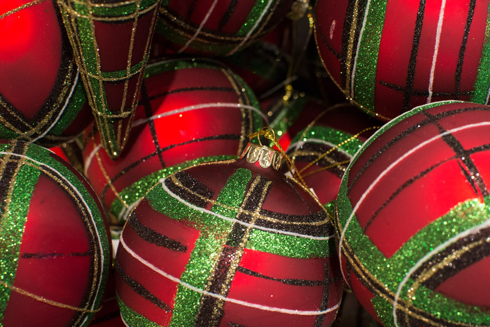 19-Le-Decorazioni-Natale-Collezioni-A-la-Page-Roma-addobbi-eleganti-Natale-festivita-cenone-capodanno-occasioni-speciali-palline-alberi-originali.jpg