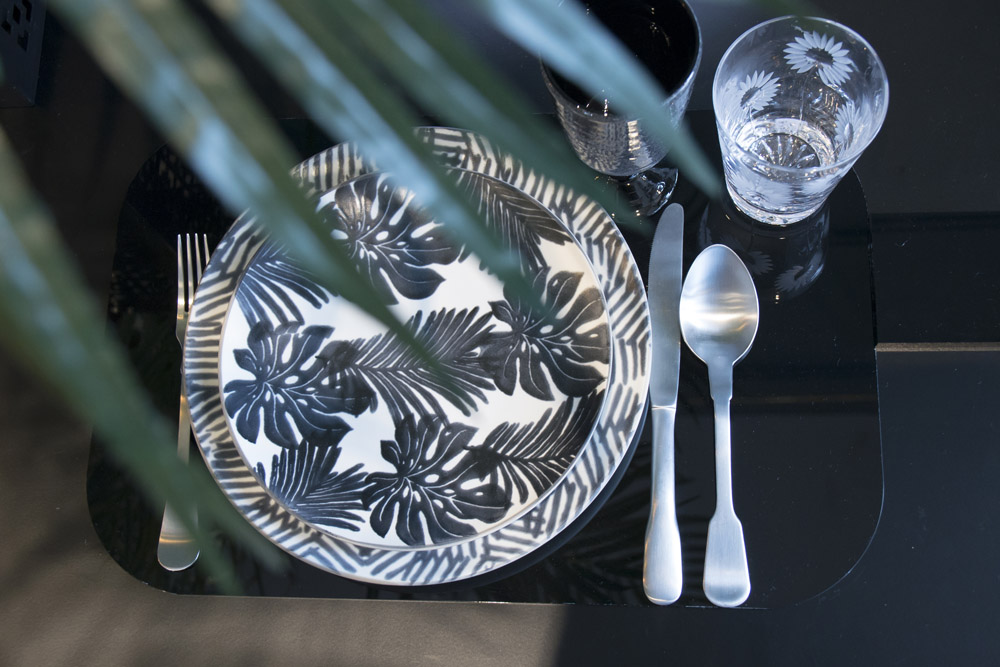 3-La-Tavola-Collezioni-A-la-Page-Roma-idee-per-apparecchiare-piatti-bicchieri-posate-originali.jpg
