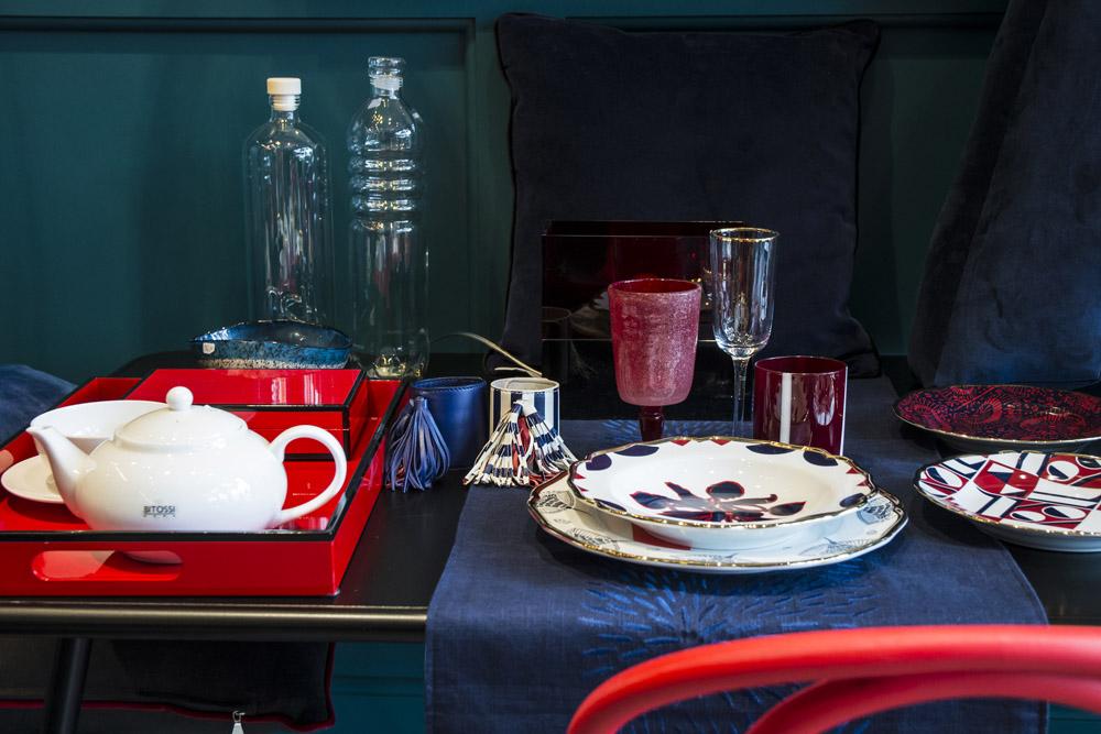 10-La-Tavola-Collezioni-A-la-Page-Roma-idee-per-apparecchiare-piatti-bicchieri-posate-originali.jpg