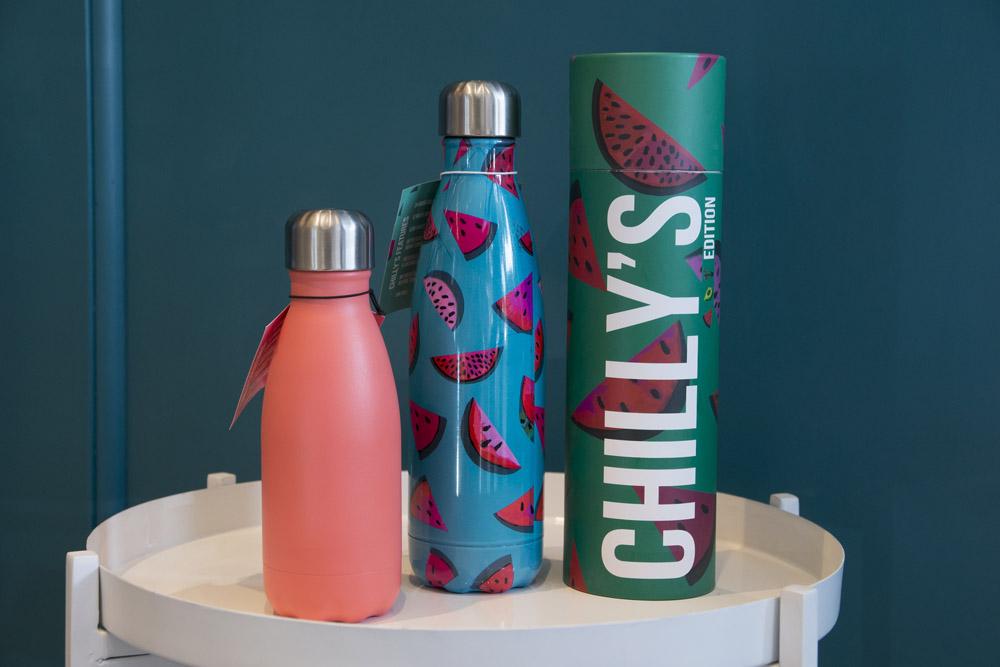 23-La-Tavola-Collezioni-A-la-Page-Roma-idee-per-apparecchiare-piatti-bicchieri-posate-originali.jpg