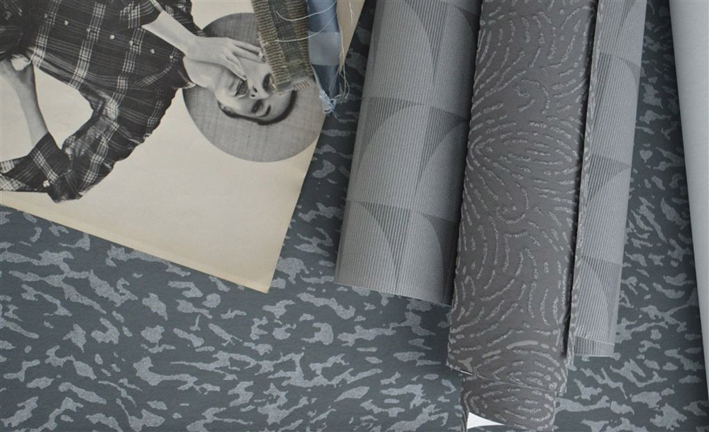 45-Collezioni-Tessili-A-la-Page-Roma-Tessuti-Stoffe-Carta-da-parati-Tendaggi-Servizi-tappezzeria-Rivestimento-divani-poltrone-Tappeti-moderni-colorati-diverse-forme.jpg