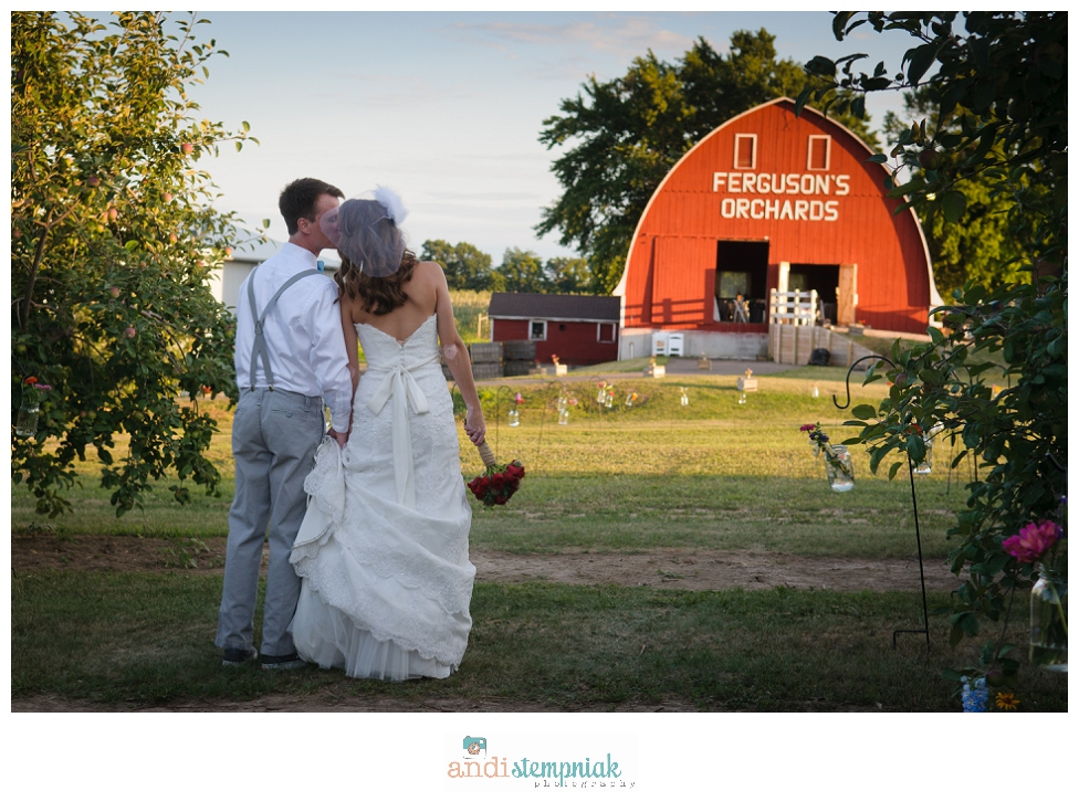 Eau Claire,Ferguson's Orchard-Eau Claire,Wisconsin wedding photographer,rustic wedding,vintage wedding,