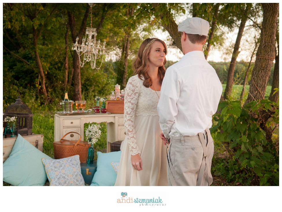 Wausua Wedding photographer,surprise proposal,Eau Claire,Wisconsin,Fergusons' Orchard,styled session,