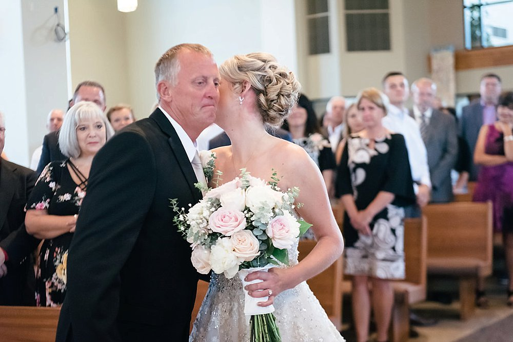 Watertwon WI Wedding_0019.jpg