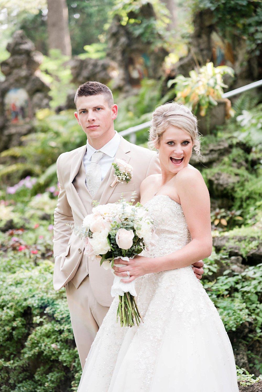 Watertwon WI Wedding_0027.jpg